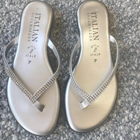 94f39ca192ae Italian Shoemakers Shoes - Italian Shoemakers Fancy Silver Sandal Size 7